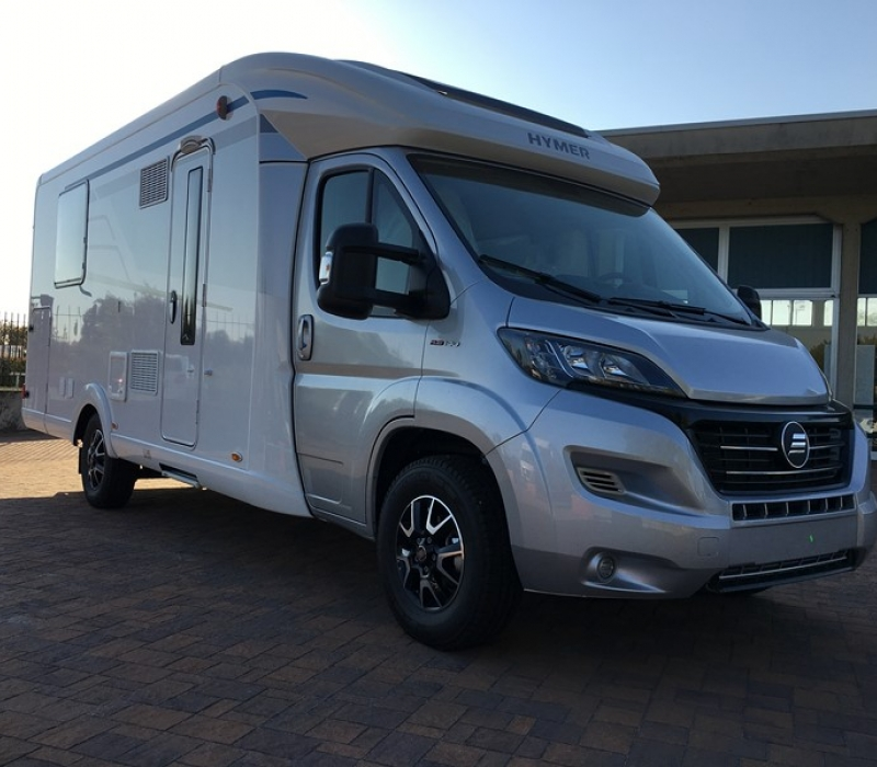 Hymer TCL 698 ambition-Camper Land 3000 Brescia (4)